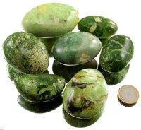 100 g grüner Opal Trommelsteine XL, 4 bis 6 cm